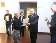"""Zdjęcie: PREMIEROWA POPLENEROWA WYSTAWA III Pleneru i Sympozjum Szkła Artystycznego """"Ekoglass Festiwal 2010"""""""
